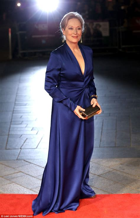 Oscars Liveblog Purple And Blue Baby by Carey Mulligan At Suffragette Premiere In Following
