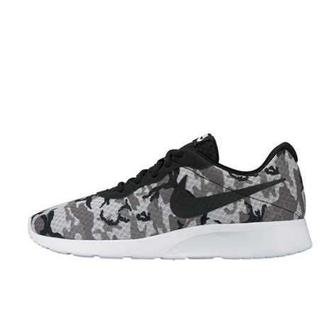 Sepatu Nike Tanjun Original jual sepatu sneakers nike tanjun print grey camo original