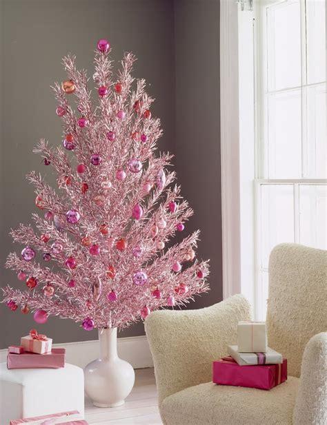 pink tree ideas 38 last minute budget friendly diy decorations