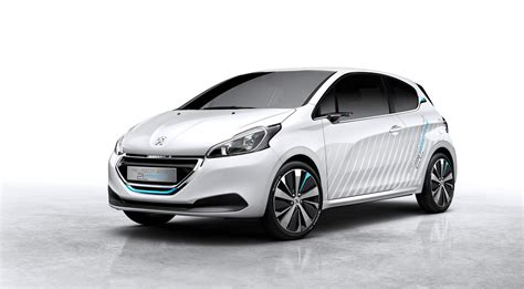peugeot citroen cars hybrid air tech edges closer to production reality with