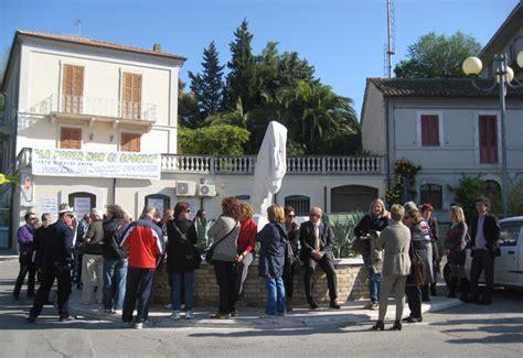 ufficio postale ascoli piceno poste italiane su spinetoli ecco i motivi della chiusura