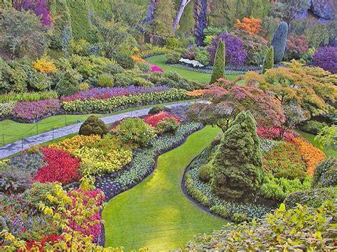 6 amazingly beautiful gardens around the world