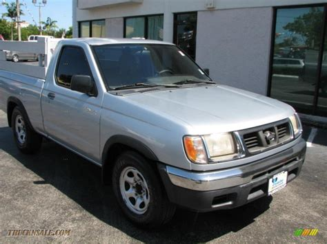 2000 nissan frontier xe regular cab in silver ice 316083 truck n sale