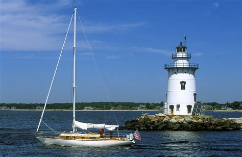 this weekend connecticut visit connecticut the oysters boats lighthouses visit ct