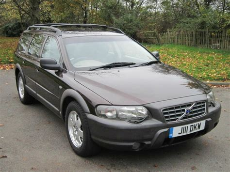 volvo  xc awd cross country  automatic estate stunning  yr mot  stanway