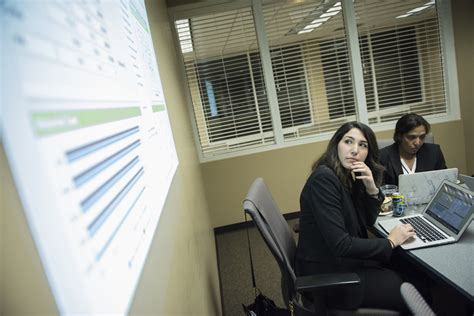 Niu Hoffman Estates Mba by Discover Financial Services To Launch Innovation Program