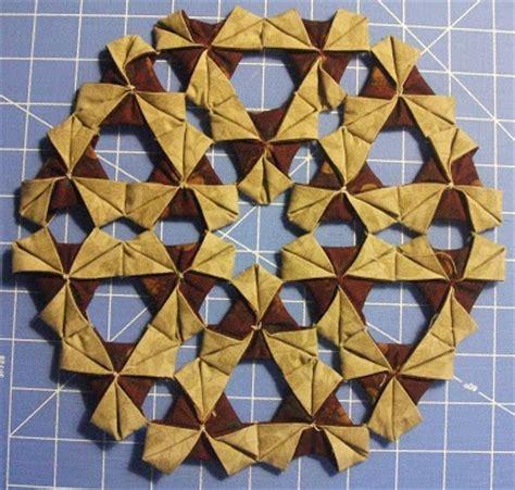origami quilt tutorial pieceful living origami wreath tutorial fabric origami