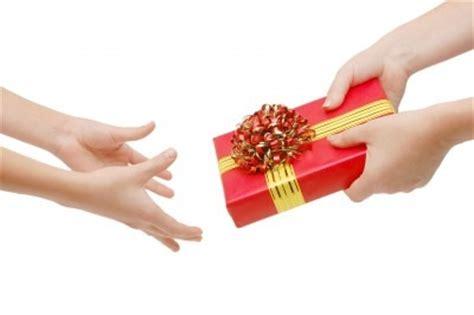gift giving gift giving