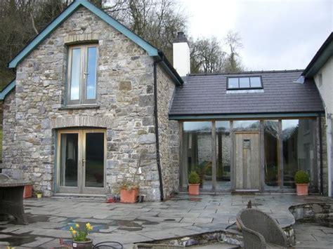 Cottage Link 18 jpg 600 215 450 boot room