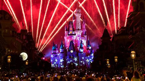10 of fireworks shows at disney s theme parks 4th of july at walt disney world resort orlando fl jul