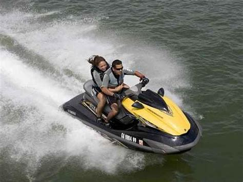 Personal Watercraft Pictures Personal Watercraft Yamaha 3 Seater Personal Watercraft
