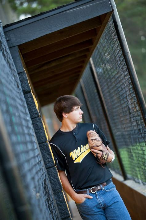 school for guys 25 best ideas about baseball senior pictures on