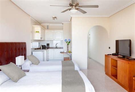 apartamentos marino tenerife apartamentos marino tenerife en costa del silencio destinia