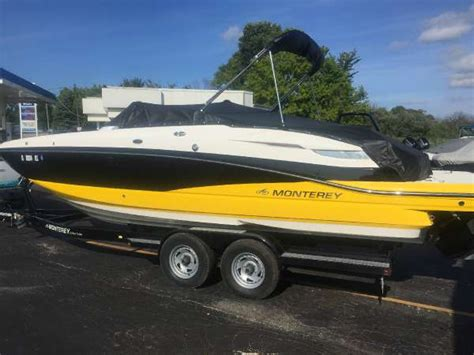 deck boat for sale illinois deck boats for sale in fox lake illinois