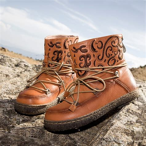 womens winter designer leather snow boots cw305563