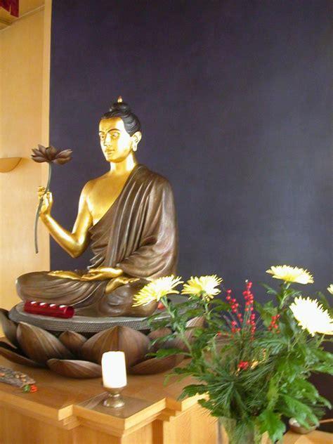 Buddhistisches Zentrum Essen celebrates 25 Years   The