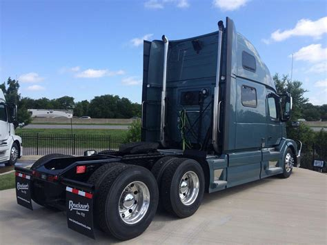 2016 volvo trucks for sale 2016 volvo vnl64t780 conventional trucks for sale 65 used
