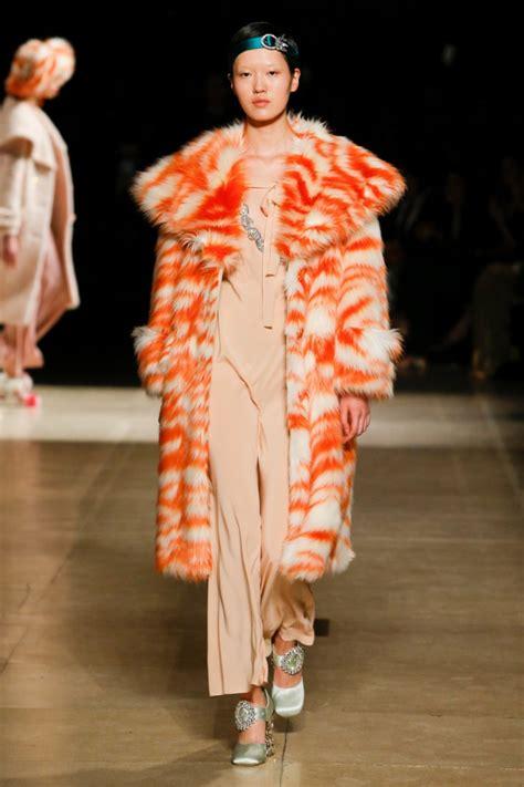 Magenta Miu Miu Coat For Fall by Miu Miu Brings On The Fur For Fall 2017 Reviews Luxury