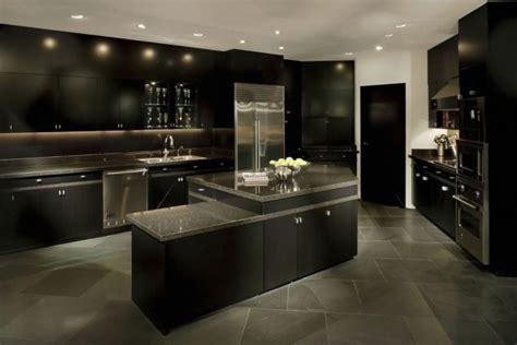 imposant penthouse kitchen design