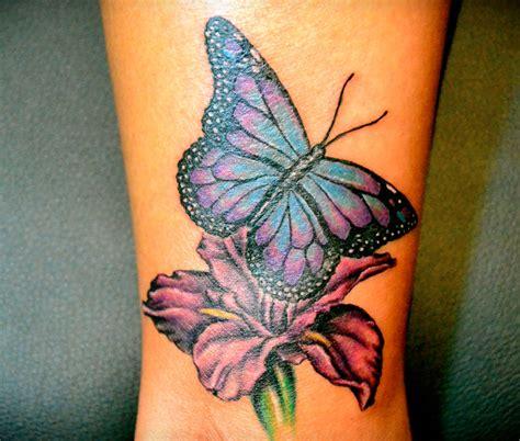 fiori e farfalle disegni tatuaggi con fiori significato e 200 foto beautydea