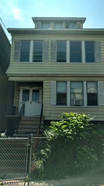 2 bedroom apartments for rent in irvington nj 90 21st st irvington nj 07111 1 bedroom apartment for