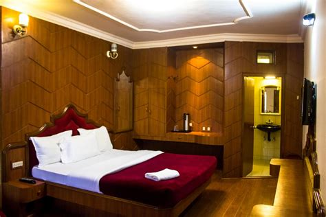hotel room booking in ooty darshan hotel ooty rooms rates photos reviews deals contact no and map