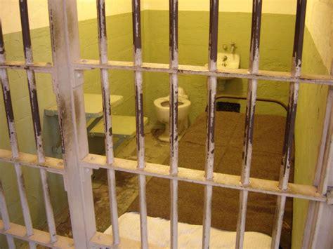 lettere per carcerati ma che parole papa sentiamo le parole delle detenute