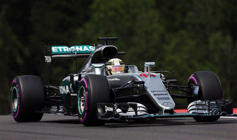 hamilton holds  rosberg   formula  austrian