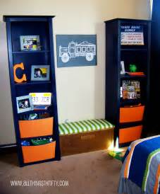 little boys room decorating ideas trucks at work quilt with pillow sham rosenberryrooms com