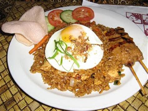 cara membuat nasi goreng untuk orang diet cara memasak nasi goreng telur mancing info