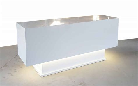 White Salon Reception Desk White Salon Desk The Fabrini Reception Desk Modern Design With Lights Reception Counters