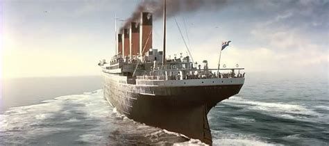titanic  pictures  great ship sitting