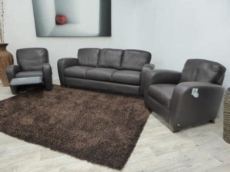 bargain armchairs unrepeatable bargain salerno 3 seater sofa 2 armchairs furnimax brands outlet