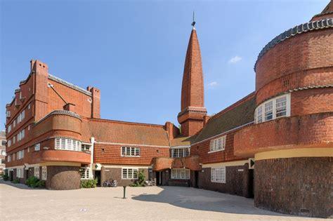 het schip amsterdamse school amsterdamse school in de spaarndammerbuurt amsterdam home