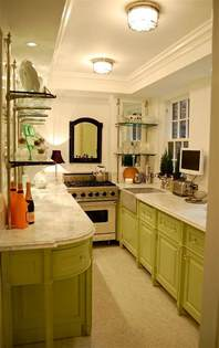Galley Kitchen Designs Photos Gallery For Gt Small Apartment Galley Kitchen Ideas