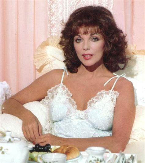 joan collins hot foto joan collins joancollinstimlessbeauty www