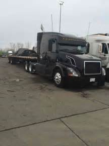 volvo semi truck sleeper volvo transcraft 2007 sleeper semi trucks
