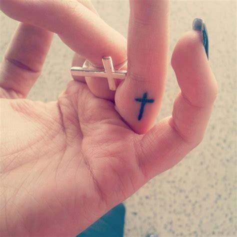 yolo tattoo on finger 39 best cross tattoo on finger images on pinterest