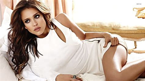 jessica alba pictures in jessica alba new hot hd wallpaper 2013 hollywood universe