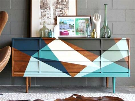 different ways to paint a table 19 creative ways to paint a dresser diy