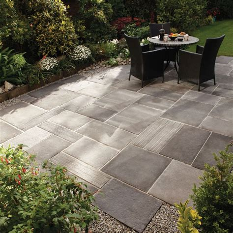 Patio Paving Ideas 1000 Ideas About Backyard Patio Designs On