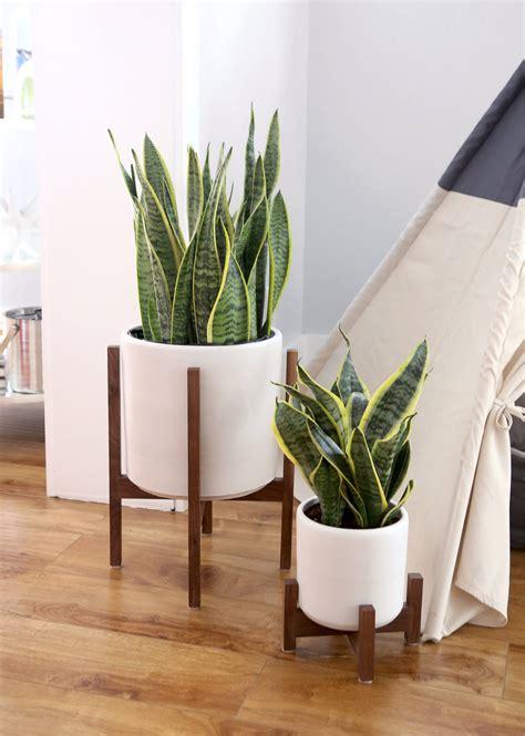mid century indoor planter