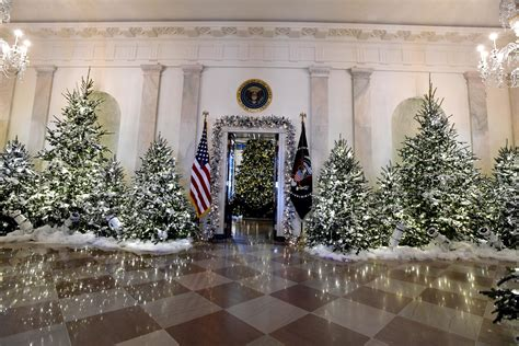 trump white house decoration melania trump quot holiday traditions are very important to