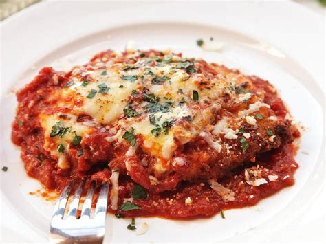 veal parm for the best chicken parmesan take a lesson from the