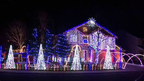 cadger dubstep christmas light show 2015 give it up by