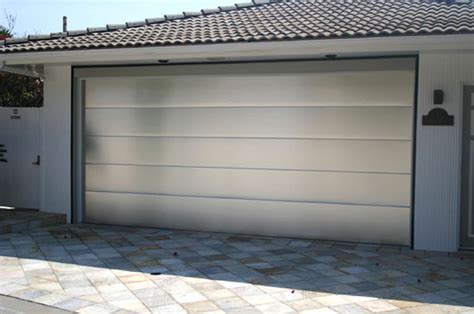 what of paint to use on aluminum garage door best idea