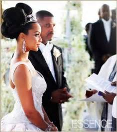 lisa raye wedding big bun hairstyle thirstyroots com black hairstyles