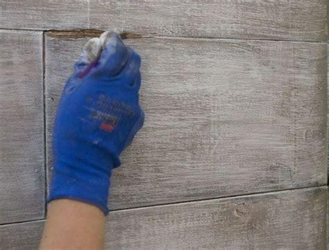 Wandpaneele Lackieren by Kunststoffpaneele Streichen Wandverkleidung In Einer