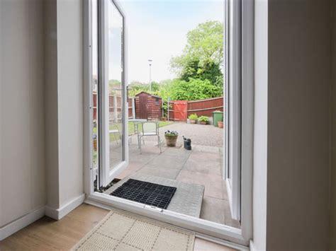 upvc patio doors uk upvc patio doors leicester upvc sliding door prices