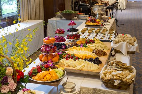 The Best Places To Dine Out In Houston On Thanksgiving Day Houston Brunch Buffet